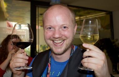 Flosi með vín í Vín